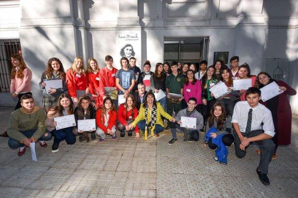 Cerca de 3000 personas visitaron la muestra de Ana Frank en Paraná