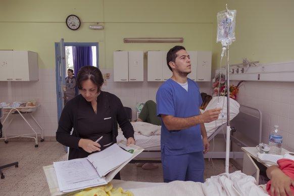Más de 3500 profesionales enfermeros se desempeñan en el sistema público de salud de la provincia