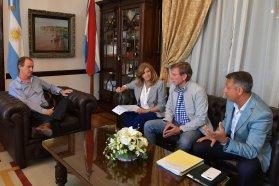 Bordet avanza en la agenda legislativa con diputados