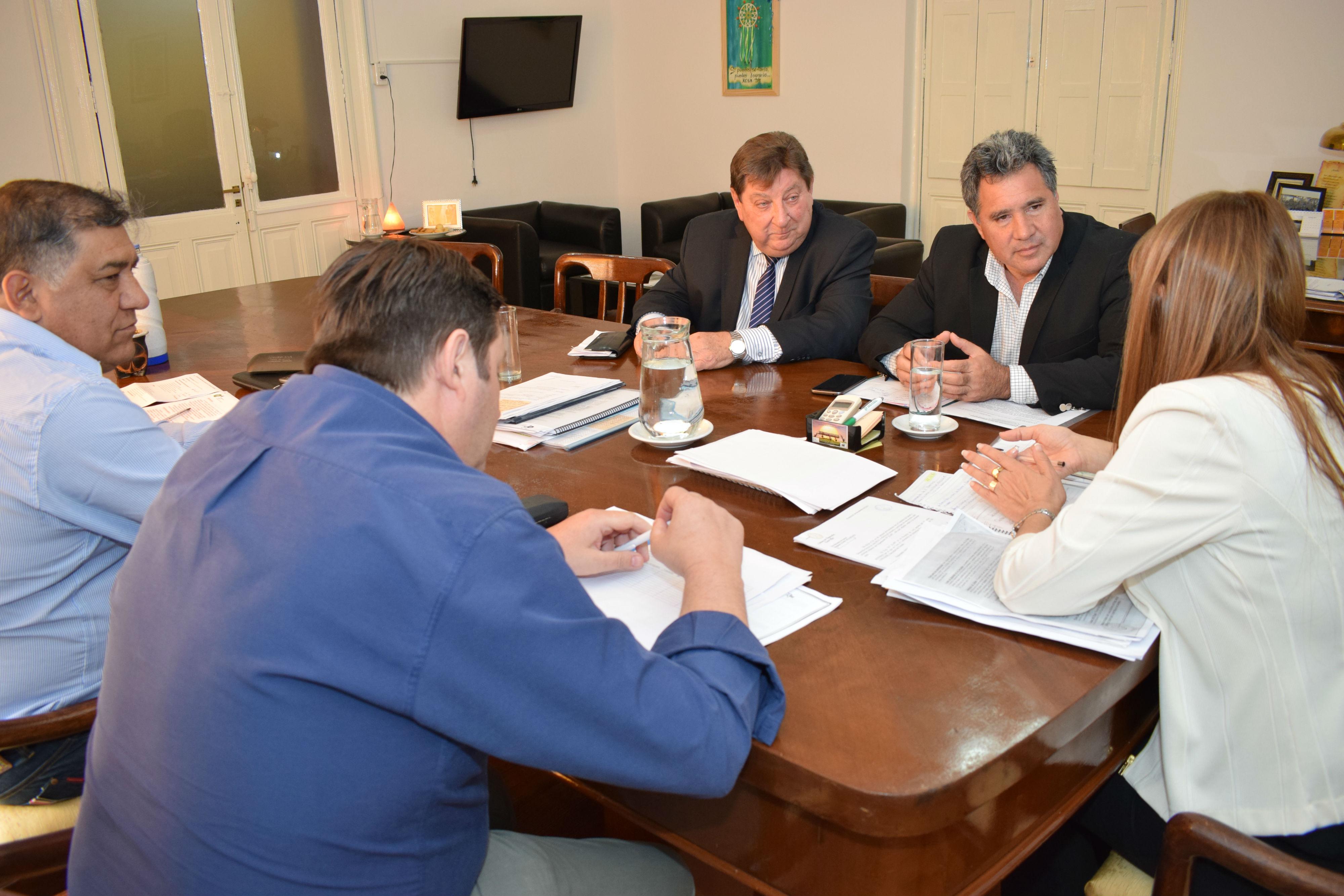 .Fortalecen la atención sanitaria en el borde costero de los departamentos Paraná y La Paz.