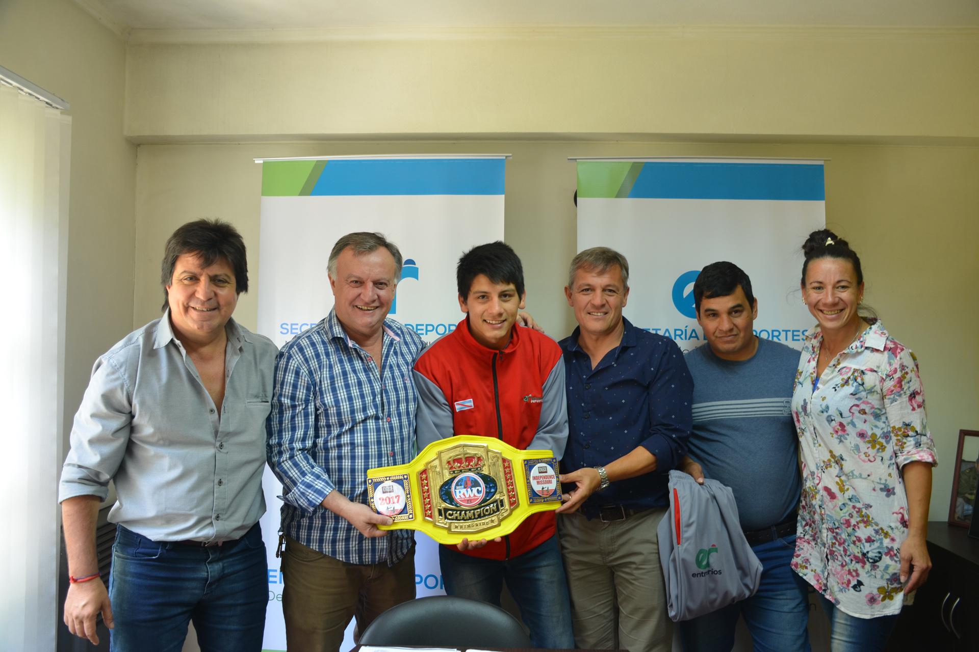 .El gobierno acompaña a Brian Arregui, una promesa del boxeo entrerriano.
