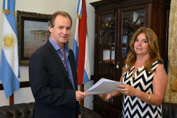 La provincia apoya mediante becas a estudiantes seleccionados en certámenes nacionales