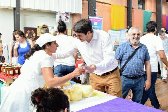 Productores entrerrianos recibieron su carnet de manipuladores de alimentos de la Región Centro