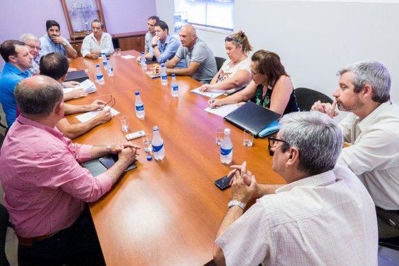 Desde Vialidad explicaron a vecinos detalles de la doble vía entre Oro Verde y Paraná que aumentará la seguridad vial