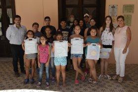 Becan a estudiantes para capacitarse en disciplinas artísticas
