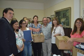Entrega de equipamiento a establecimientos asistenciales de Nogoyá