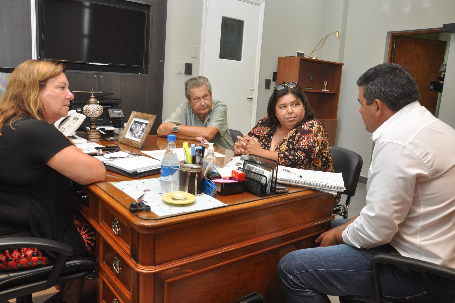 .Trazan lineamientos de trabajo para obras viales en el departamento Federal.