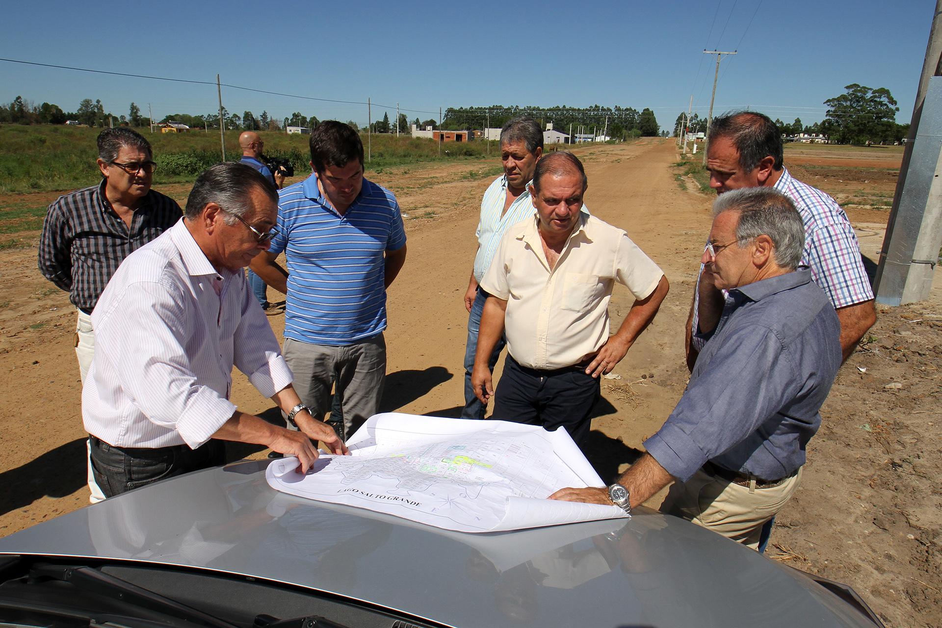 .Evaluaron la situación de infraestructura en Federación.