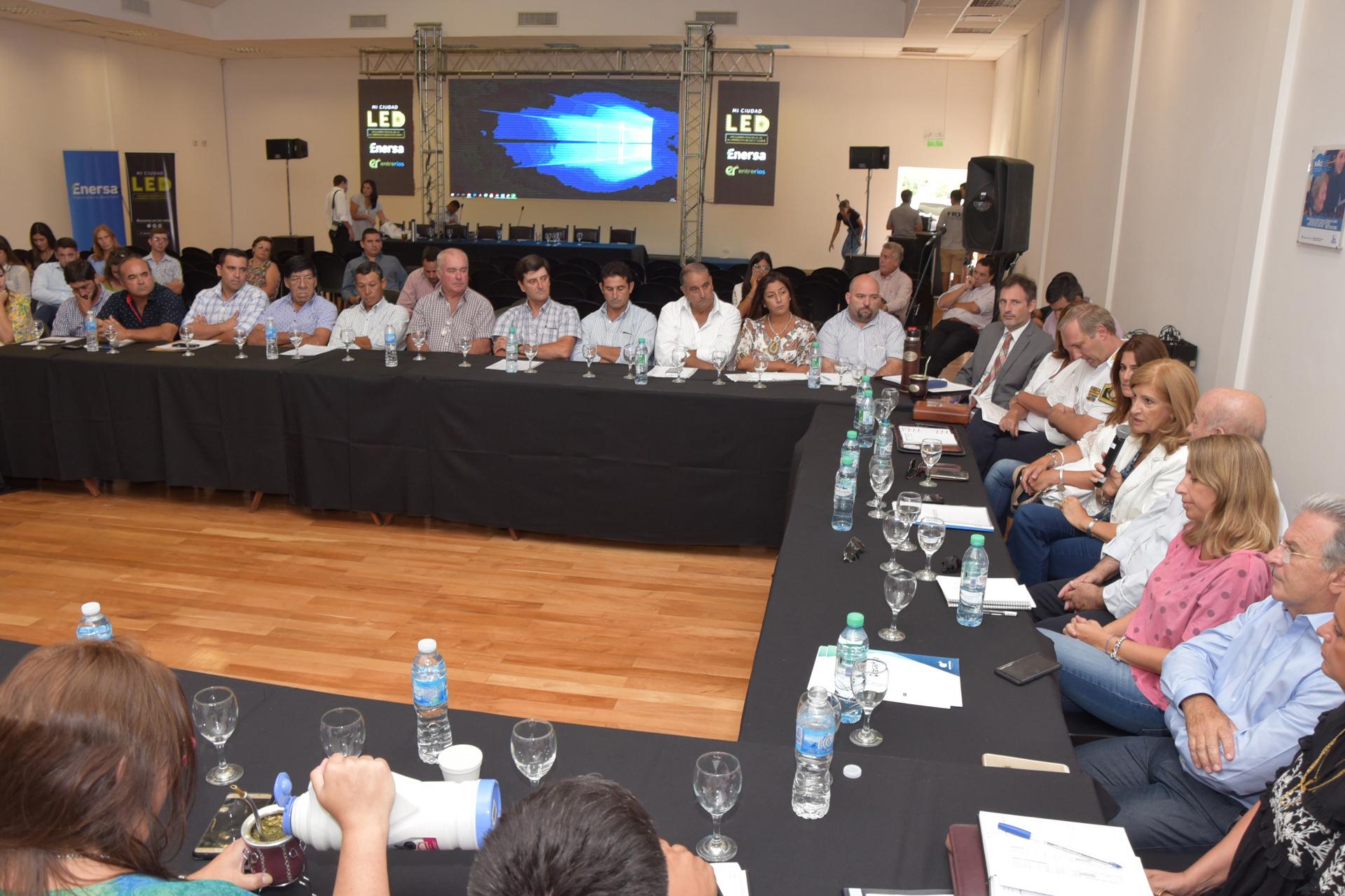 .La Provincia realizó un abordaje integral con las Juntas de Gobierno del departamento Villaguay.