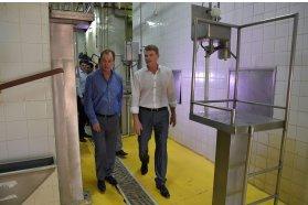 La provincia acordó con el municipio la reactivación del frigorífico Aranguren