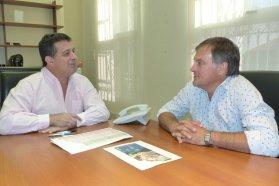 La provincia financiará con recursos propios 21 viviendas en San Salvador