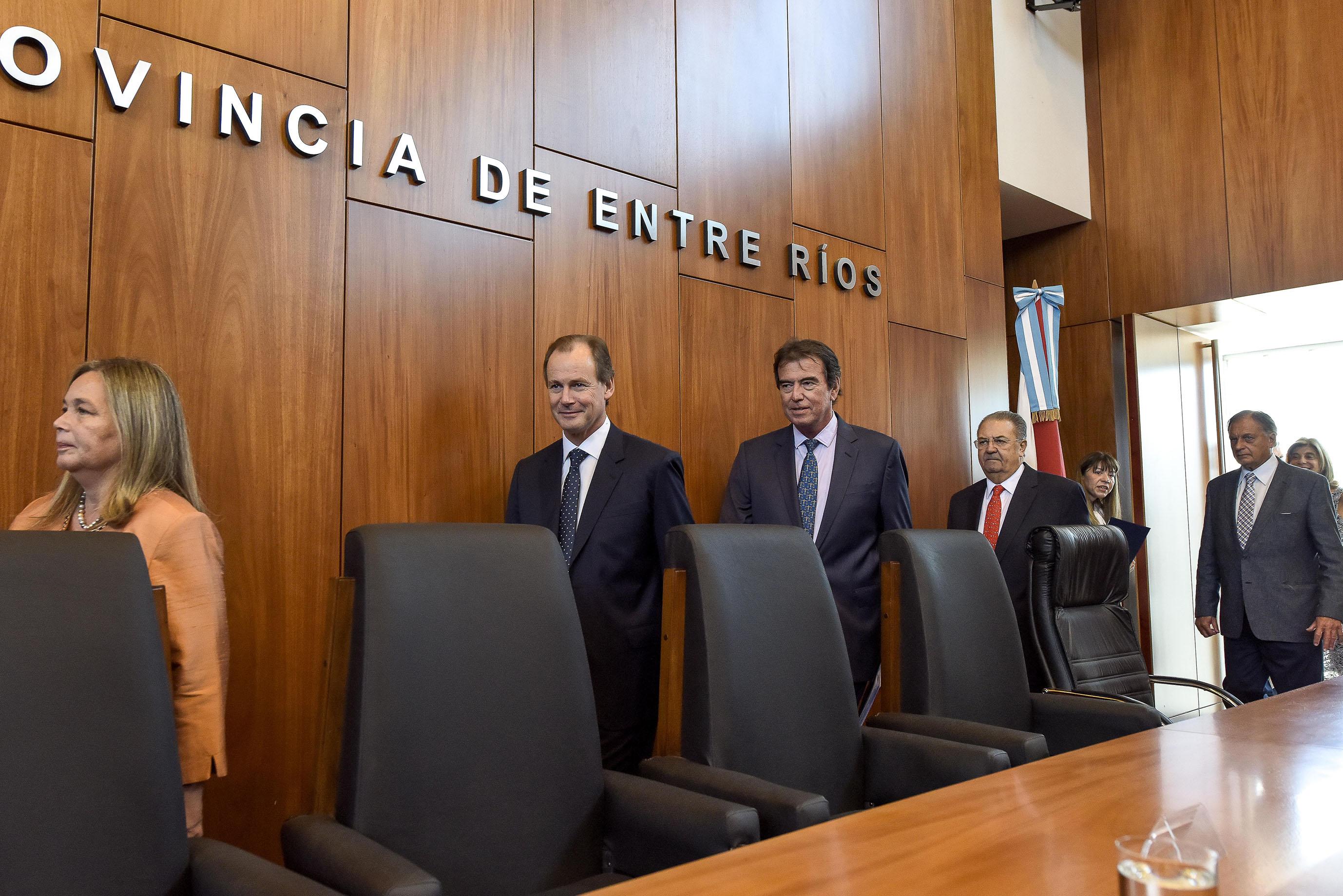 .Bordet ratificó independencia y cooperación con el Poder Judicial.