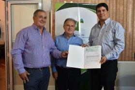 La provincia realizó un nuevo aporte para  la defensa contra las inundaciones en Villa Paranacito