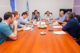 Coordinan mejoras viales para caminos del departamento Villaguay