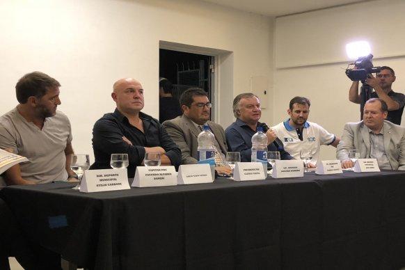 El gobierno acompañó la presentación de un libro del Paraná Rowing Club por sus 100 años