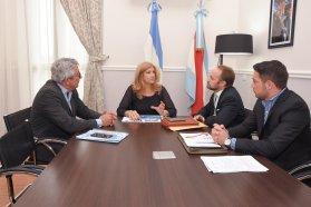 Capacitarán a través del Tribunal de Cuentas y la Escribanía Mayor a juntas de gobierno de Paraná y Diamante