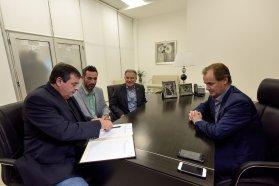 La provincia encarará obras de pavimentación en las calles de Colón y puesta en valor del parque Quirós