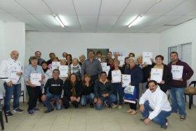 La provincia entregó más de 100 escrituras de viviendas sociales en Paraná