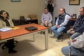 Programan la mejora del camino productivo que une los departamentos Colón y Uruguay