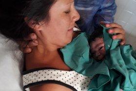 El parto, un acto de amor único que requiere de respeto e información