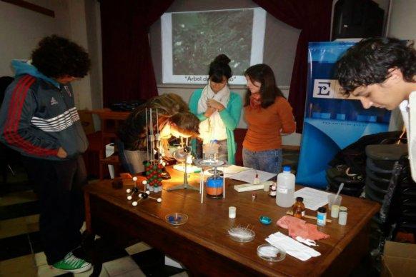 Se realizará una capacitación de Cristalografía gratuita para docentes