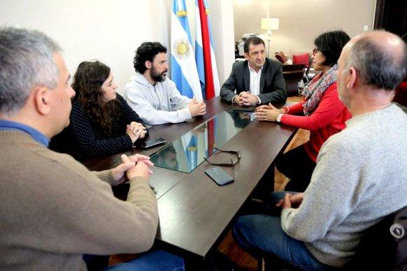 Kueider analizó con los trabajadores de El Diario acciones para proteger sus derechos