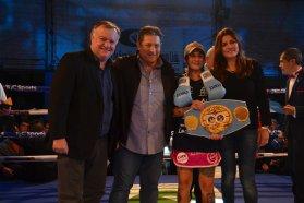 El gobierno provincial acompañó la gran noche de boxeo internacional en Villaguay