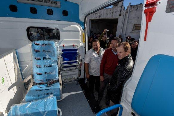 Bordet dispuso la adquisición de 20 ambulancias más de alta y mediana complejidad