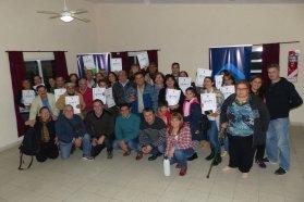 Fueron 75 las familias de Paraná que recibieron las escrituras de sus viviendas sociales