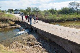 Vialidad y el municipio de Libertador San Martín proyectan mejoras en caminos de la zona