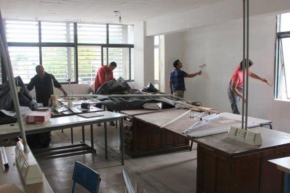 Personal del CGE realiza reemodelaciones en el edificio
