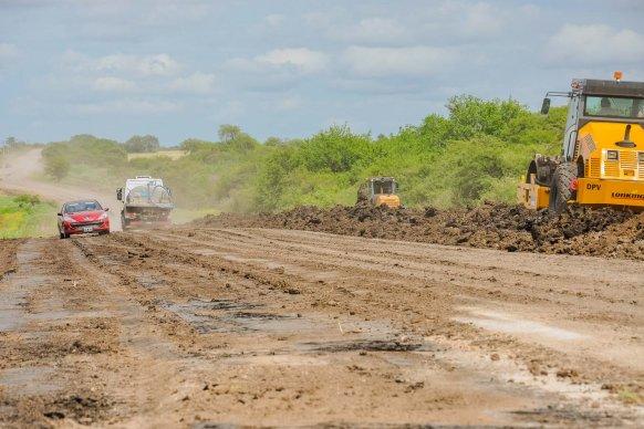 La provincia encara un plan de recuperación de caminos rurales productivos