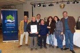 La provincia entregó escrituras a dos barrios de Gualeguay