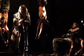 Domingos de teatro en la Usina presenta: Un eco más