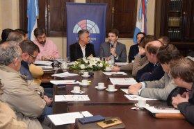 Funcionarios y legisladores se interiorizaron en la experiencia cordobesa respecto a la Ley de Comunas