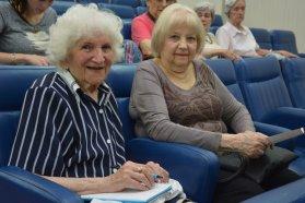 La provincia trabaja en la concientización sobre el buen trato hacia el adulto mayor