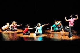 El grupo Paragolpe presenta la obra Eón en la Vieja Usina