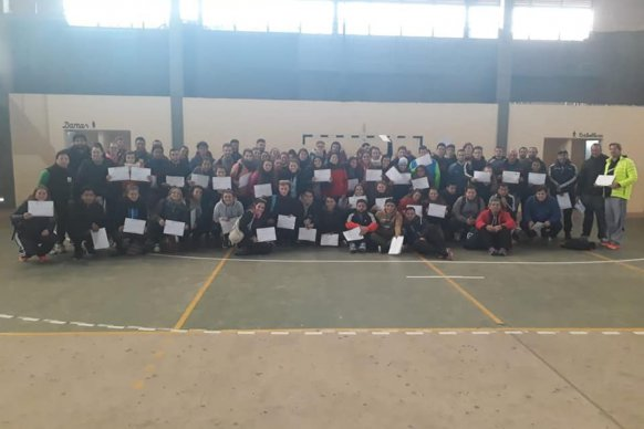 Docentes de educación física se capacitaron sobre handball