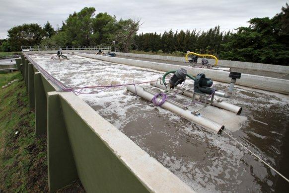 Se continúa avanzando en el plan de agua y saneamiento provincial