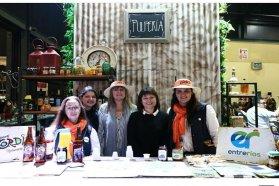 La provincia realizó una promoción turística y gastronómica en la feria Caminos y Sabores