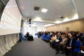 Se dictó en Paraná un seminario en Derecho Administrativo