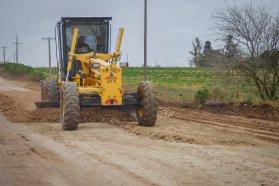 Se realizan trabajos de conservación en caminos rurales del departamento La Paz
