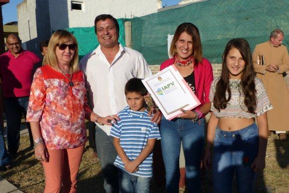 Licitan la construcción de nuevas viviendas con recursos propios en cinco localidades entrerrianas
