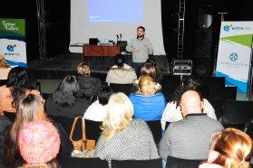 Gestores culturales entrerrianos se capacitan para la organización de fiestas populares