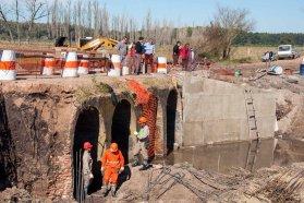 Destacan los trabajos de rehabilitación en el puente de Paso de las Piedras en San José