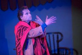 Se presentará la obra Automenaje en el ciclo Domingos de Teatro en la Usina