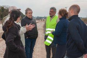 Se realizan trabajos previos a la pavimentación desde Oro Verde a Tezanos Pinto
