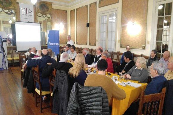 Enersa se reunió con representantes del Centro Comercial e Industrial de Paraná y la Federación Económica