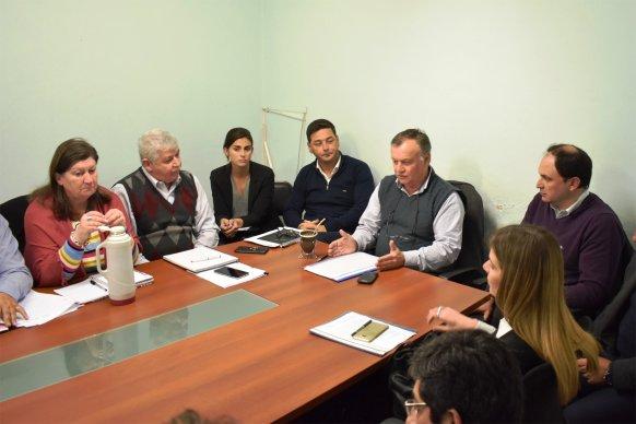 Buscan acuerdos para hacer frente a los aumentos tarifarios dispuestos por Nación que afectan a clubes entrerrianos