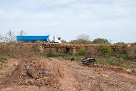 Con fondos provinciales, se construye el puente sobre el arroyo Toledo en Federación